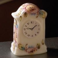 Peony Design Mantel Clock 3280