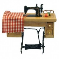 Sewing Machine   D1068
