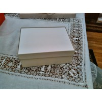 Sberry-001-Medium Box- White